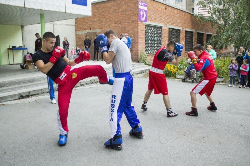 Выпускники ЮУрГАУ устроили спортивный праздник для студентов