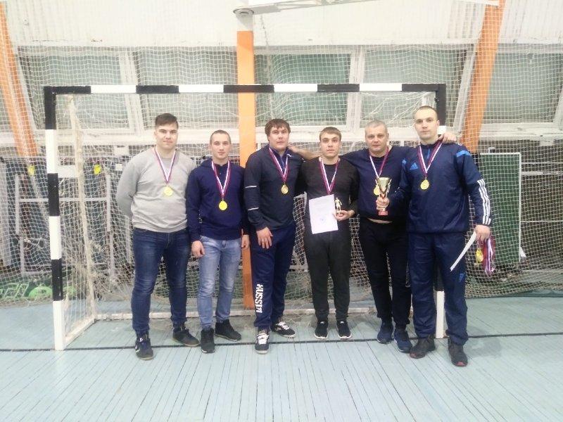 Команда ЮУрГАУ заняла 1-е место в Рождественском турнире по мини-футболу